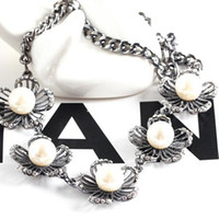 Wholesale New Japan South hollow alloy flower sweet Pearl fashion necklace Tennis