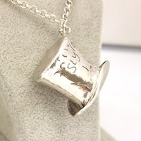 alice hats - Alice in Wonderland necklace alloy Lettering hat Topper No Pais Das Maravilhas Colar Pendants necklace unisex statement jewelry by dh