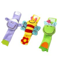 Wholesale New Baby Toy Baby Wrist Strap Toy Cute Cartoon Animal Plush Rattle with Ring Bell