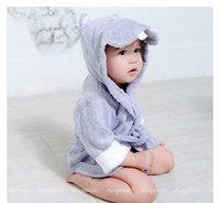 baby bathrobe - 2Pc Baby Aspen Hooded Animal modeling Baby Bathrobe Cartoon Baby Towel Character kids bath robe Baby Toewls