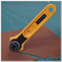 Wholesale Rotary Cutter Yellow Round Knife for Fabric Paper Vinyl Leather Cutting Sewing Craft Tool mm ferramentas order lt no track