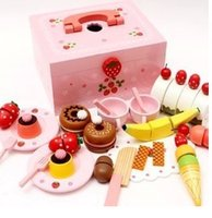 Wholesale New Baby Toy Learning Education Mother Simulation Wooden Garden Strawberry cake Children Play Kitchen Toys A7427