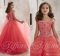 little girls dresses - Little Girls Pageant Dresses wear New Off Shoulder Crystal Beads Coral Tulle Formal Party Dress for teen Kids Flowers Girls Gowns A1796