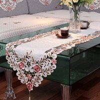 Wholesale Imitation cotton fashion embroidered table runner fabric bed flag placemat tv cabinet gremial