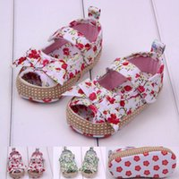 Wholesale Floral cotton cute bows baby summer sandals soft bottom Velcro months girls beach sandals pair B11