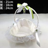 Wholesale Wedding props Bud silk petals flower basket With TongHua tong basket Bridesmaid basket for wedding wedding flower basket
