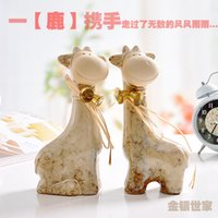 Wholesale Creative rural home decoration home decoration in bedroom room crafts ceramic giraffe animal equipment