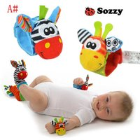 Wholesale New Lamaze Style Sozzy rattle Wrist donkey Zebra Wrist Rattle and Socks toys Baby Educational Toys set wrist socks