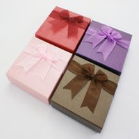 Wholesale US TSOCK X9X2 mm Wholssales US Mixed color Paper Packaging Cardboard Bracelet Boxes New Year shop Gift Box