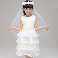 Wholesale Competitive Price Lovely Design layers White Tulle With Flower Children s HeadPiece Short Length Girls Veil