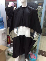 Wholesale Professional Hair Salon Cape With PVC Window Nylon Fabric Black Color Salon Tools Manufacturer Direct Selling