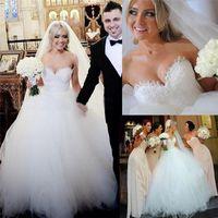victorian ball gown wedding dresses - Elegant White Wedding Dresses Ball Gown Victorian Dresses Tulle Vintage Wedding Gowns Cheap Garden Bridal Gowns Puffy Wedding Dresses