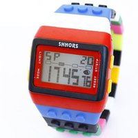 Wholesale New Rubber Multicolor Rainbow Shhors Unisex LED Sports Watch Coloful Stripe New Rainbow Digital Hour Wristwatch