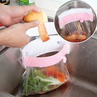arc plastic bag - Three Sucker Arc Groove Can Clamp Garbage Bag Rack Direct Selling Kitchen Holder Fashion Solid Colors Shelf Prateleira