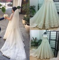 Cheap 3D Floral Appliques Wedding Dresses Best Wedding Dresses with Detachable Train
