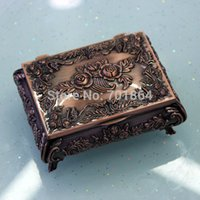 Wholesale Size S Vintage Bronze Color Jewellery Case Fashion Jewelry Box Metal trinket box Antique Flower Carved Rose Square Shaped