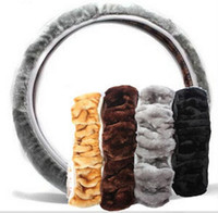 Wholesale Warm plush winter car steering wheel cover imitation wool Universal auto supplies car accessories