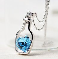 Collier Mode féminine Ladies Love Style populaire Drift bouteilles Necklace Blue Heart Pendentif Collier Cristal