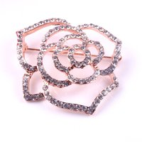 Wholesale New Fashion Ladies Girls Pin brooch Jewelry Pave Clear Crystal Rhinestone Outline Rose Flower Brooch Rose Pin Golden Plated