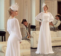 Wholesale White Vintage A Line Wedding Dresses Long Sleeves Designer Relaxed Simple Bridal Gown Dresses for Castle Wedding Bride With Hand Made Flower