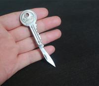 Wholesale Mini Key Knife Fold Key Pocket Knife Portable Key Chain Knife For Hiking Camping Tools Outdoor Gadgets