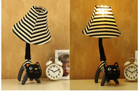 Wholesale best selling high quality Animal fabric table lamp bed lighting decoration table lamp small desktop eye lantern for