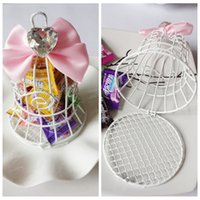 baby shower crystal - Cheap Sale Iron Wire Candy Boxes White Favor Holders Baby Shower Wedding Suppliers Chocolate Package Metal Sweeties Box Birdcage Crystal