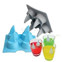 Wholesale Drink Ice Tray Cool Shark Fin Shape Ice Cube Freeze Mold Ice Maker Mould PTCT Ice Cream Tools