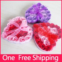 Wholesale New High Quality Valentine s Day Roses Mix Colors Heart Shaped Rose Soap Flower Box For Romantic Bath And Gift