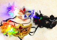 led point - 100pcs Italy New Style LED Venice Shiny Masks Flashing Princess Mask Dance Mask Side Plating Mask Pointed Flower Luminous Masks