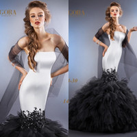 wedding black and white - 2015 Stunning Wedding Dresses Mermaid Strapless Black and White Lace Appliqued Ruffles Tulle Skirt Corset Bridal Gowns EA0441