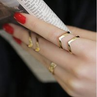 bands punks - Fashion Personality Punk Metal Hollow Out Gold Silver V Design Open Women Rings In Jewelry