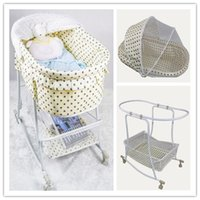 Wholesale Hot Selling Bed Beige Color With Dot Newborn Iron Baby Bed with Full Mosquito Net Baby Lounge Baby Swing Shaker Bed High Quality