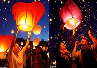 Wholesale 2015 Hot Selling New Heart Sky Lanterns Wishing Lantern Fire Balloon Chinese Kongming Lantern Wishing Lamp Outdoor Lighting