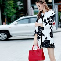 designer coats - High Quality Women Long Trench Coat Autumn Designer Runway Coats Plus Size Floral Print Jacquard White and Black Trench Coat