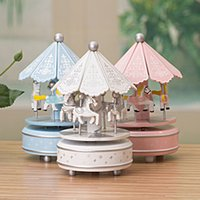 Wholesale 1pcs Creative furnishing articles merry go round music box Wooden Craft Desktop Home Decoration