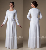 plain long sleeve - 2015 Simple White Muslim Long Modest Temple Wedding Dresses With Long Sleeves Floor Length Scoop Neck Plain Informal Church Bridal Gowns