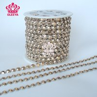 Wholesale New yards roll RockPunk Gold Spikes Pyramid Studs Revit Chain Gold Trimming Fashion Jewelry Sewing Accessories Bags Y2471