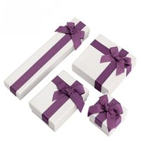 beauty jewelry display - 2016 New Style Gift Boxes Beauty Jewelry Box Fashion Display Necklace Box with Purple Bow Tie Mini Paper Present Box Express Love