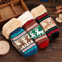 Wholesale Cute cartoon fawn warm winter package means more cotton gloves