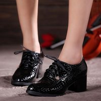 Wholesale Hot Sale Europe and America Plus Size Women s Shoes Fashion Vintage Preppy Style Oxfords For Women Thick Heel Print Lace Up lady Dress