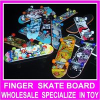 Wholesale High Quality Top Material Specialize in Finger Board Finger Skate Boarding Sport Mini Skateboard Toy