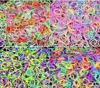 Charm Bracelets Unisex Fashion 300pcs lot Rubber Bands For Loom Bracelet DIY Craft Making Looming Kits Refills Necklace Gift Toy Hook & S-Clip