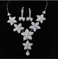 Wholesale pot leaf jewelry fashion zirconia wedding jewelry sets rhinestone accessories necklace and earring ear stud style sets