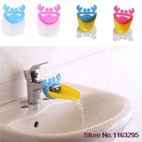 Wholesale Hot Cute Bathroom Water Faucet Extender For Kid Hand Washing Child Gutter Sink Guide