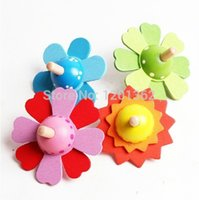 Wholesale Flower Wooden Spinning Top Baby Kids Child Classic Traditional Play Toy