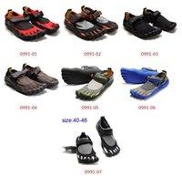 five toe shoes - New Five shoes fingers men Five fingers outdoor climbing toe magic button shoes size
