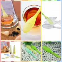 Wholesale 2015 New Portable Kithchen Tea Spoon Strainer Filter Colander Teaspoon Infuser Steeper Tadpole Tea Infuser Household Supply CCA1812