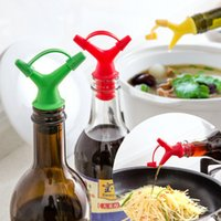 Cheap Pour soy sauce bottle mouth down double corks, a wine stopper inverted nipple seasoning liquid deflector