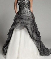 A-Line black and white dress - 2014 New White and Black Wedding Dresses Sweetheart Sleeveless Applique Beaded Ruffles Sweep Train Tulle Princess Wedding Gowns W101